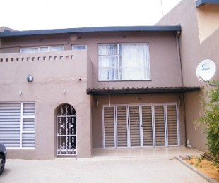 R 930,000 - 3 Bed Property For Sale in Welkom