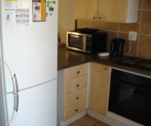 R 6,600 - 2 Bed Property To Rent in Faerie Glen
