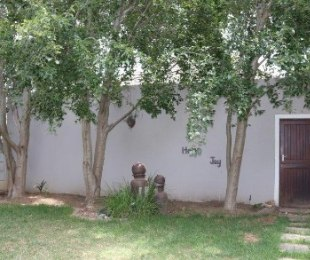 R 2,095,000 - 2 Bed Property For Sale in Durbanvale