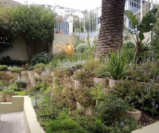 R 2,650,000 - 1 Bed Flat For Sale in Sea Point