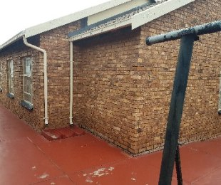 R 780,000 - 3 Bed Home For Sale in Atteridgeville