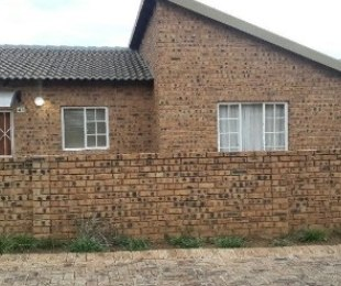 R 9,000 - 3 Bed Property To Rent in Noordwyk