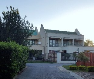 R 1,680,000 - 3 Bed Home For Sale in Equestria