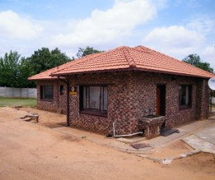 R 499,000 - 3 Bed House For Sale in Virginia