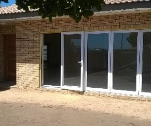 R 2,100,000 - 3 Bed House For Sale in Mossel Bay