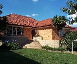 R 2,190,000 - 3 Bed House For Sale in Cyrildene