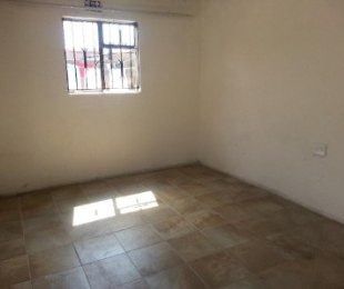 R 800 - 1 Bed House To Rent in Soweto