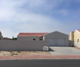 R 1,435,000 - 3 Bed House For Sale in Port Owen