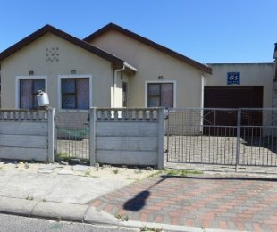 R 625,000 - 3 Bed House For Sale in Mitchells Plain