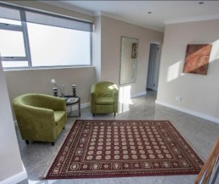 R 7,000,000 - 4 Bed Property For Sale in Gordon's Bay