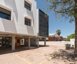 R 39,000,000 - 26 Bed Property For Sale in Universiteits-Oord