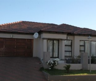R 1,486,800 - 3 Bed Home For Sale in Amandasig