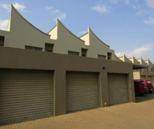R 18,000,000 - 2 Bed Property For Sale in Arcadia