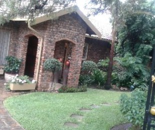 R 1,330,000 - 3 Bed Property For Sale in Croydon