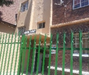 R 3,700 - 1 Bed Flat To Let in Linmeyer