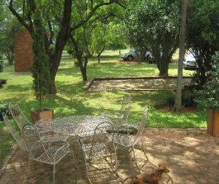 R 2,500,000 - 6 Bed Smallholding For Sale in Patryshoek