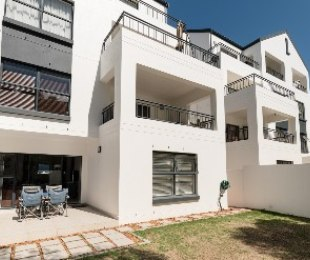 R 2,150,000 - 3 Bed Apartment For Sale in Somerset West