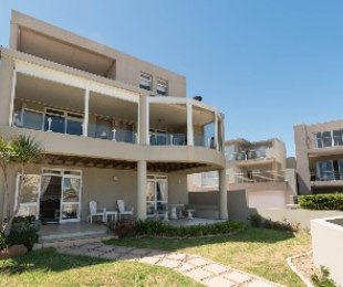R 5,500,000 - 3 Bed House For Sale in Harbour Island