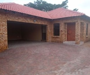R 1,700,000 - 3 Bed Property For Sale in New Redruth