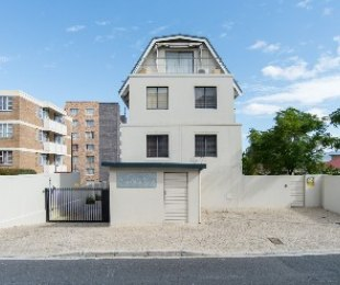 R 1,395,000 - 1 Bed Apartment For Sale in Wynberg Upper