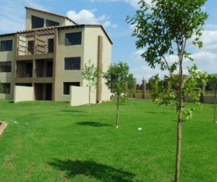 R 5,800 - 2 Bed Flat To Rent in Honeydew Grove