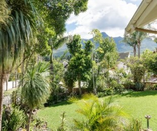 R 3,950,000 - 4 Bed Property For Sale in Camphers Drift