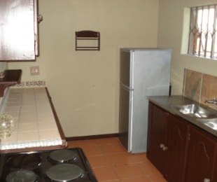 R 6,000 - 2 Bed Guest House To Rent in Garsfontein