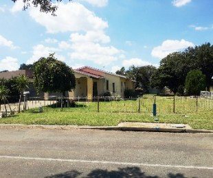 R 840,000 - 4 Bed Home For Sale in Van Dyk Park