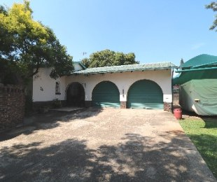 R 1,350,000 - 5 Bed Home For Sale in Birchleigh North