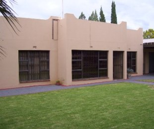 R 875,000 - 3 Bed Property For Sale in Riebeeckstad