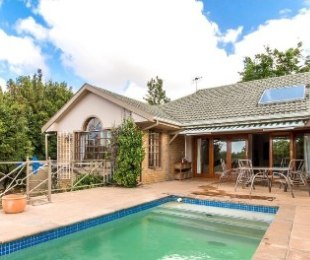R 3,800,000 - 4 Bed House For Sale in Vierlanden