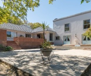 R 3,590,000 - 4 Bed House For Sale in Kenridge