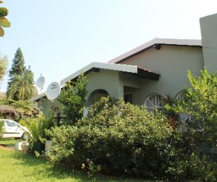 R 1,840,000 - 3 Bed Property For Sale in Florauna