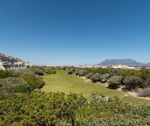 R 4,495,000 - 3 Bed Flat For Sale in Table View