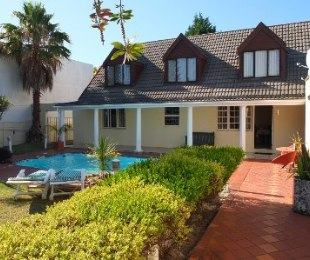 R 2,785,000 - 4 Bed House For Sale in Flamingo Vlei