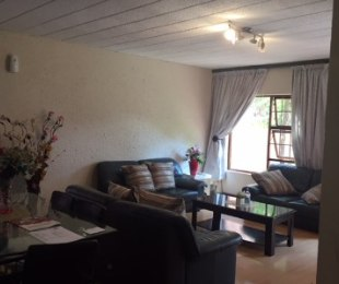 R 1,350,000 - 3 Bed Property For Sale in Edendale
