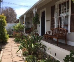 R 4,200,000 - 4 Bed House For Sale in Wynberg Upper