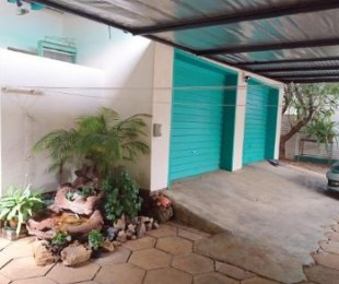 R 1,200,000 - 3 Bed House For Sale in Dorandia