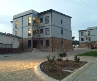 R 910,000 - 3 Bed Flat For Sale in Rynfield