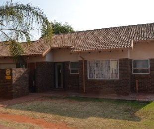 R 680,000 - 3 Bed Property For Sale in The Orchards