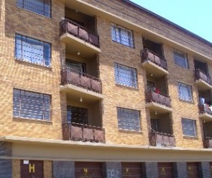 R 330,000 - 2 Bed Flat For Sale in Troyeville