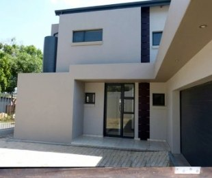R 3,490,000 - 4 Bed House For Sale in Lynnwood Park