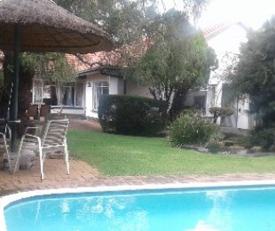 R 2,890,000 - 3 Bed Property For Sale in Dunvegan