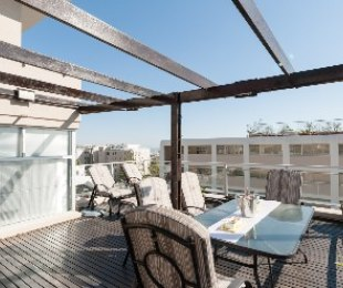 R 7,995,000 - 3 Bed Flat For Sale in Fresnaye