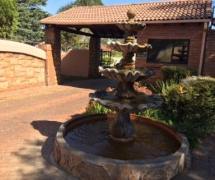 R 1,200,000 - 3 Bed Property For Sale in Edenglen