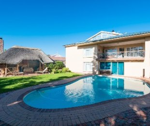 R 3,695,000 - 6 Bed House For Sale in The Island