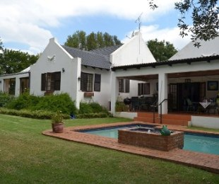 R 3,200,000 - 4 Bed Home For Sale in Lonehill