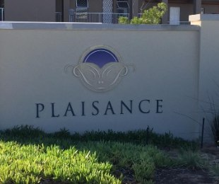 R 824,000 - 2 Bed Property For Sale in Kraaifontein