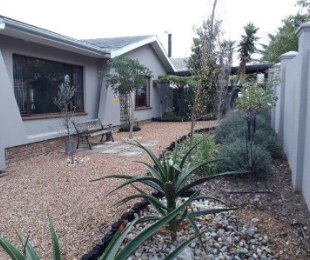 R 3,150,000 - 4 Bed House For Sale in Eversdal