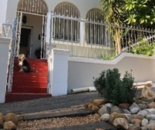 R 2,850,000 - 2 Bed House For Sale in Zonnebloem